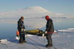 Underwater glider sets 2 Antarctic firsts
