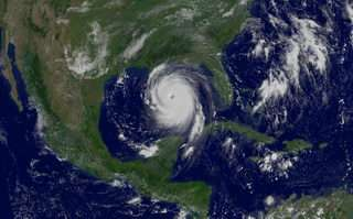 Research Re-examines Strong Hurricane Studies