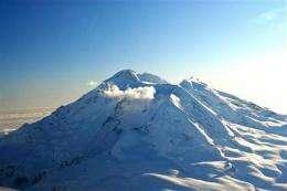 Alaska volcano Mount Redoubt erupts 5 times (AP)