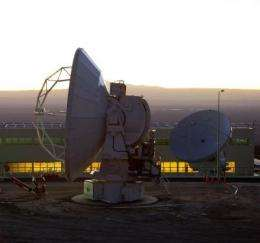 First two ALMA antennas successfully linked