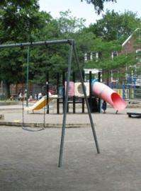 Places to play, but 'stranger danger' fears keep inner-city kids home