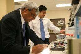 Queen's researchers shine light on compact fluorescent bulb problems