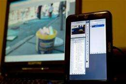 Review: Mini monitor can be a useful desktop annex (AP)