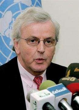 UN humanitarian chief John Holmes