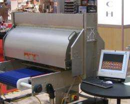 Imaging system controls baking process on production line to improve sandwich bun quality