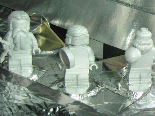 Juno spacecraft to carry three figurines to Jupiter orbit