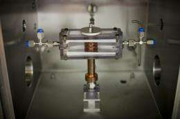 New approach to solar power with hybrid solar-thermoelectric systems