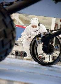 Microbe risk when rover wheels hit martian dirt
