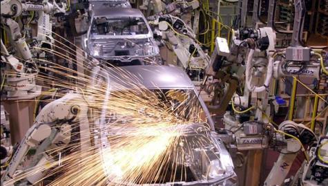Economics professor embarks on auto industry study