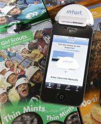 Girl Scout cookies go high-tech: Smartphone sales (AP)