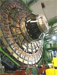 LHC experiments present new results at Quark Matter 2011 conference
