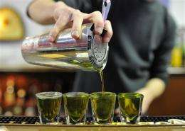 Need help avoiding hangover? Less booze, more H2O (AP)