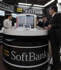 Softbank reports robust earnings on smartphones (AP)