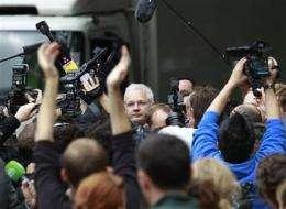 WikiLeaks Julian Assange fights extradition (AP)