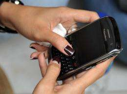 Young British rioters are using BlackBerry's instant chat service to unite their efforts