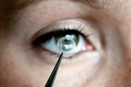 Artificial cornea gives the gift of vision