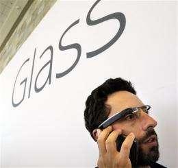Google to sell prototype of futuristic glasses