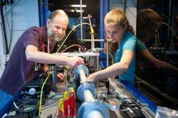 Scientists use X-ray imaging to observe running batteries in action