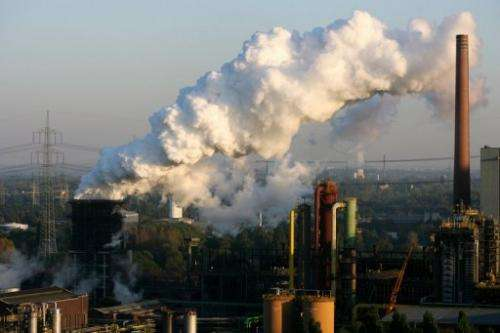 After a week of intense UN negotiations, observers say nations are far from agreement on extending Kyoto protocol