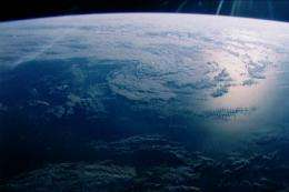 Can astronomers detect exoplanet oceans?