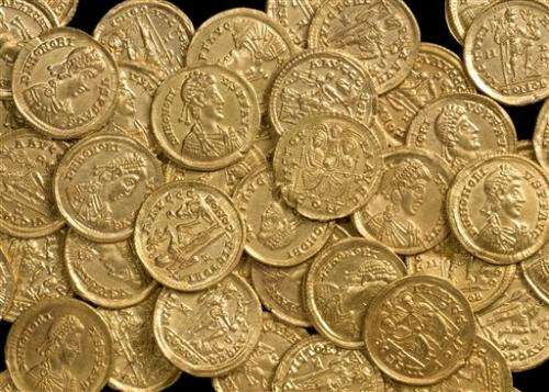 English city to show off Roman gold coins find