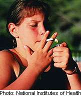 'Hiding' cigarettes in stores might keep kids from smoking: study