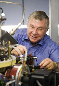 Highest honors for quantum computer pioneer