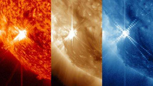 NASA sees sun emit a mid-level flare