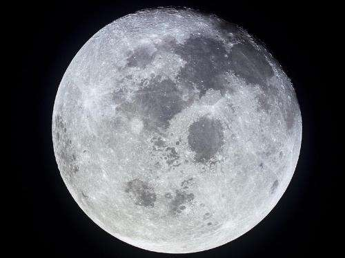 Russia sets its sights on the moon for 2020