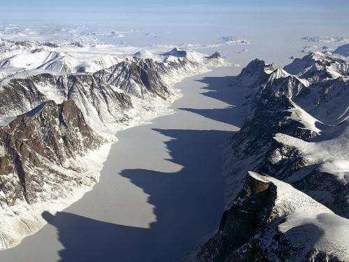 IceBridge flight over Baffin Island