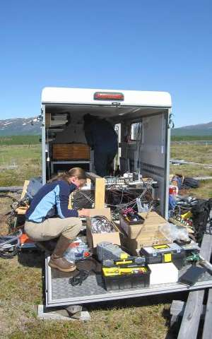 The failing freezer: How soil microbes affect global climate