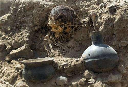 11 pre-Hispanic bodies found at Peru sports center