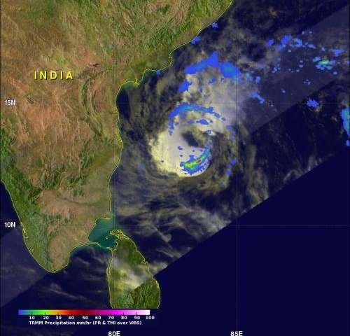 NASA's TRMM satellite sees powerful storms in Tropical Cyclone Madi