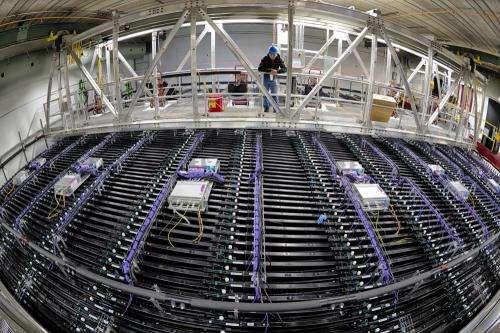 NOvA neutrino detector records first 3-D particle tracks