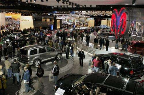 Why attend car shows when photos are a swipe away?