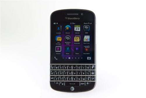 Review: BlackBerry Q10, the keyboard strikes back