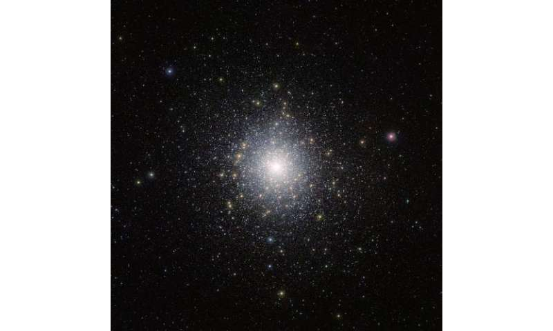 A jumble of exotic stars: New vista snap of star cluster 47 Tucanae