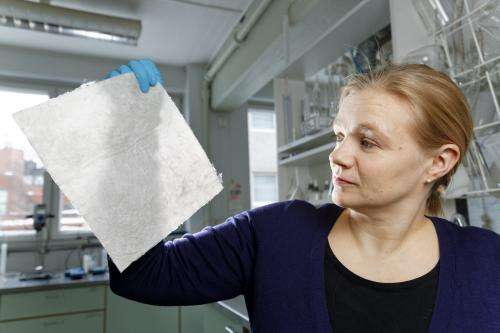 Biodegradable nappies from recycled cardboard