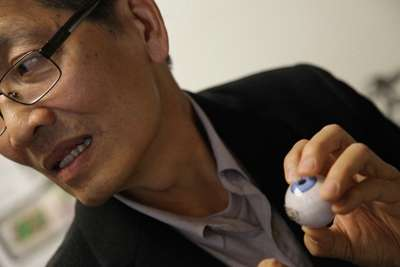 Engineer invents bionic eye to help the blind
