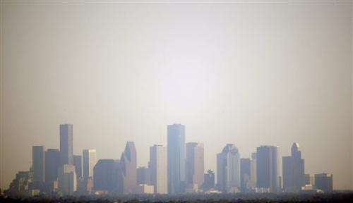 Houston gets iPhone app with up-to-date smog data