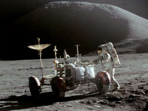 Lunar rovers could be engulfed by dust
