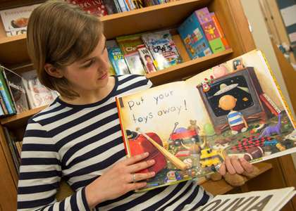 Measuring materialism in children's books