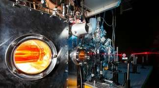 Nano-size superfluidity