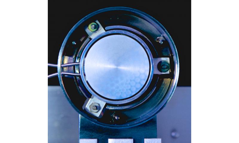 New thermoelectronic generator