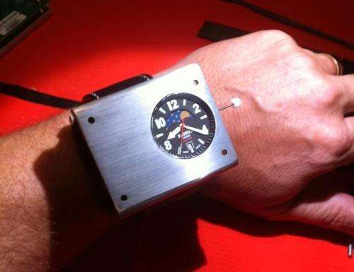 Watch company develops wristwatch with its own atomic clock