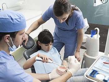 Preventive dentist visits may not help save on kids' teeth costs