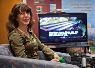Professor champions video gaming as valuable teaching tool for parents, teachers