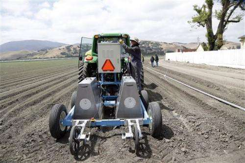 Robots to revolutionize US farms, ease labor woes