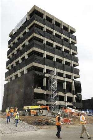 SF Bay Area building demolition fuels quake study