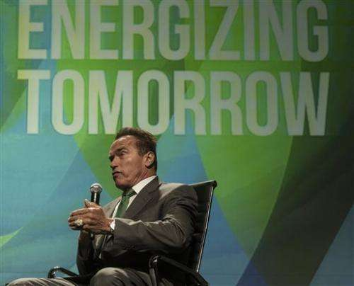 Solar, geothermal projects touted at Vegas summit